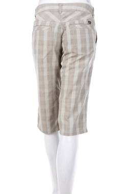 Дамски къс панталон Patagonia2