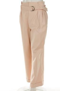 Дамски панталон Intropia1