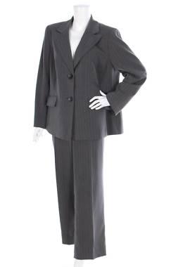 Дамски костюм Jones New York1