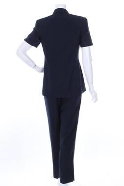 Дамски костюм Kasper1