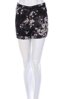 Дамски къс панталон H&M1