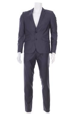 Мъжки костюм Antony Morato1