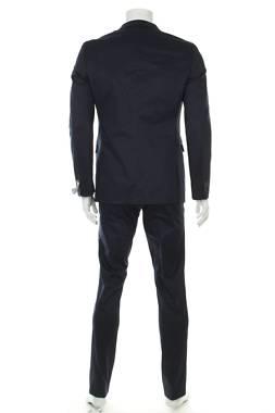 Мъжки костюм Esprit2