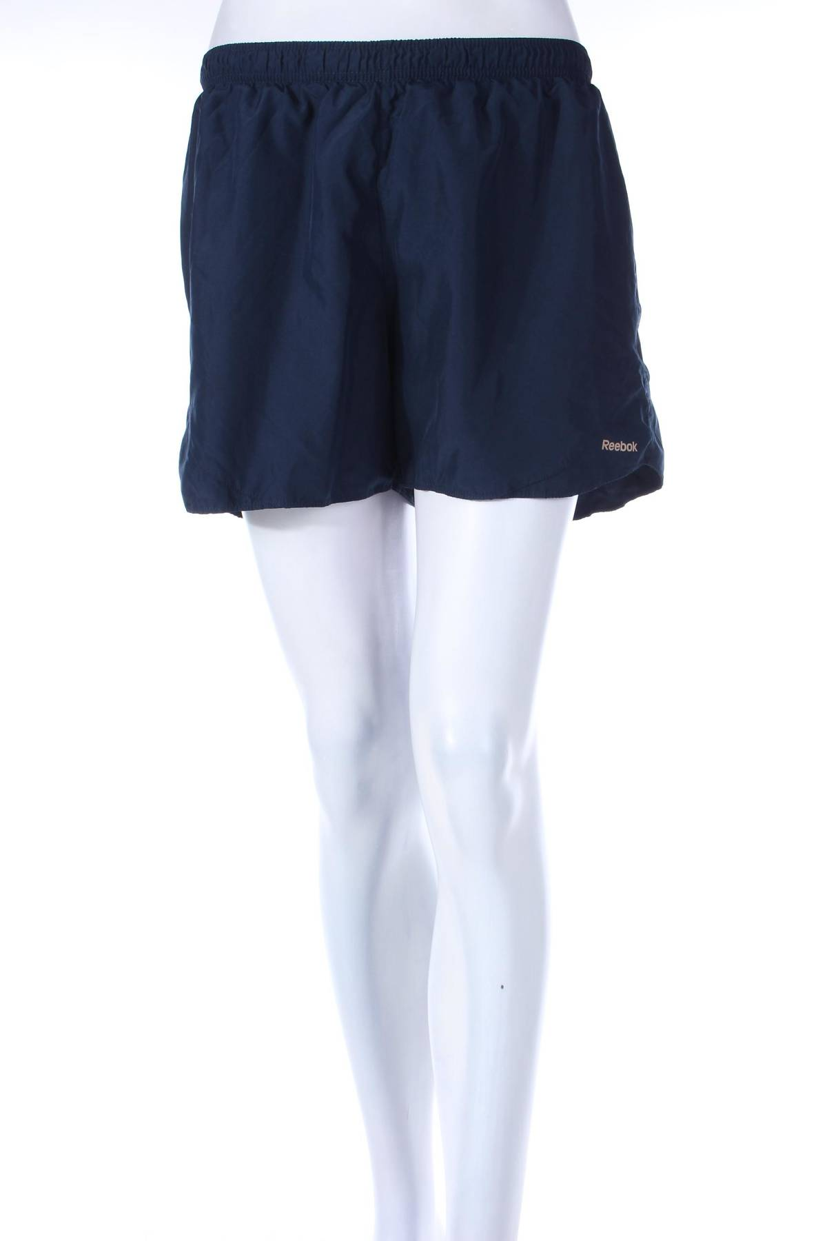 Дамски шорти Reebok1