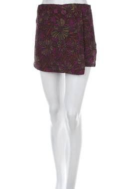 Дамски къс панталон Mango1