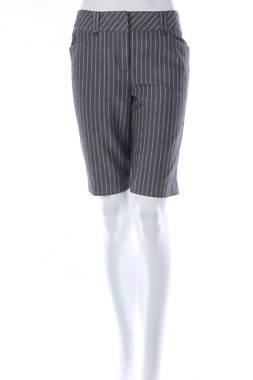 Дамски къс панталон Cutter & Buck1