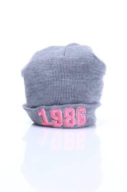 Детска шапка Supre1