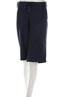 Дамски къс панталон Junarose1