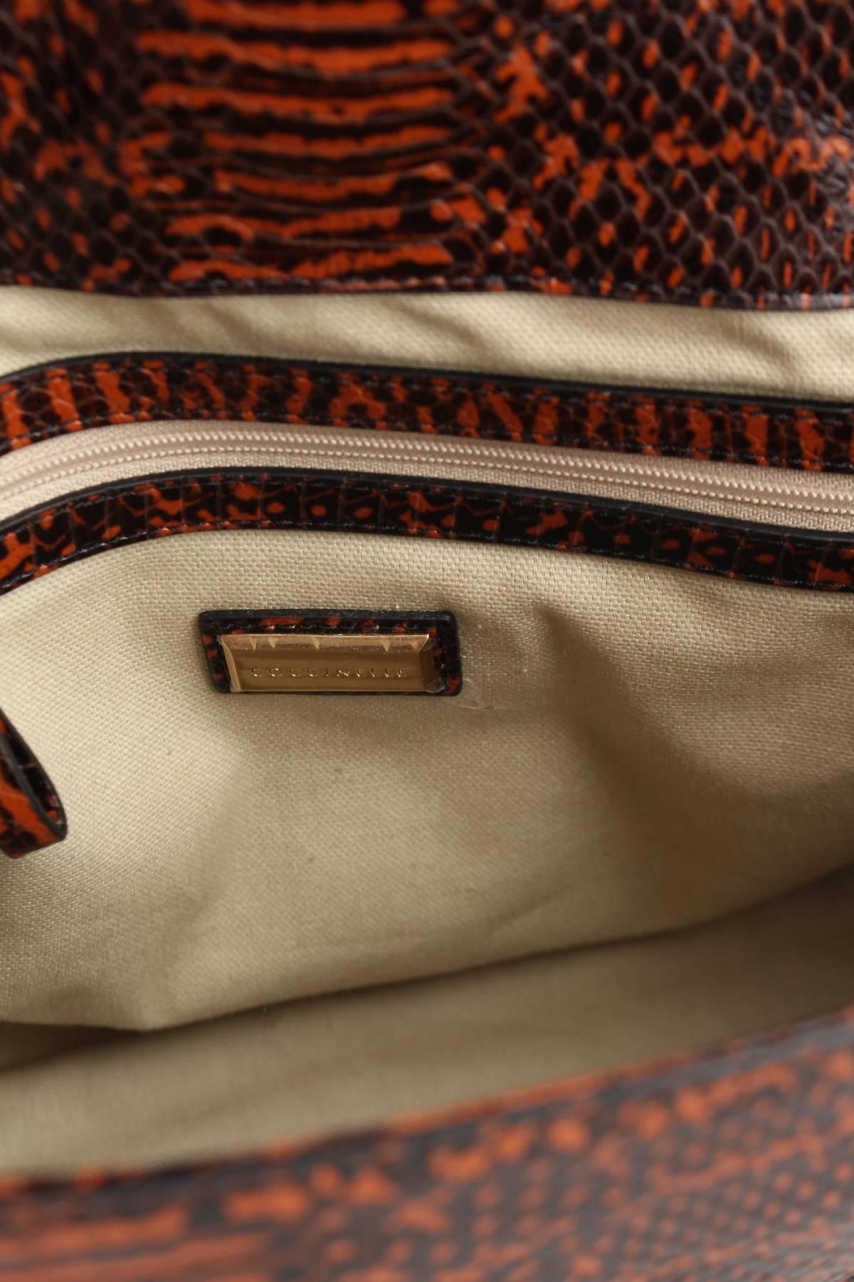 Дамска кожена чанта Coccinelle4