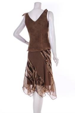 Дамски костюм Sangria2