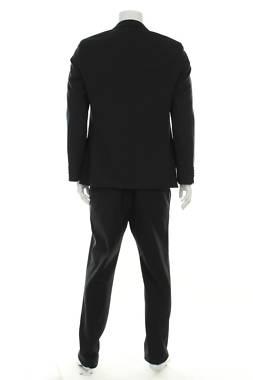 Мъжки костюм Lagerfeld2