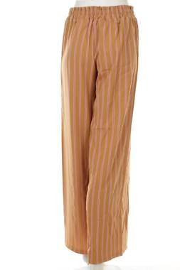 Дамски панталон Made In Italy2