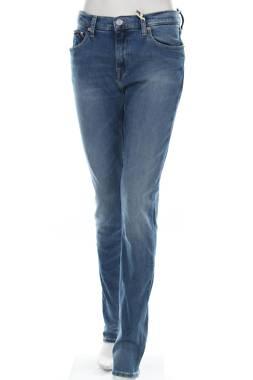Дамски дънки Tommy Jeans1