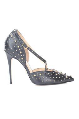 Дамски обувки Carrano1
