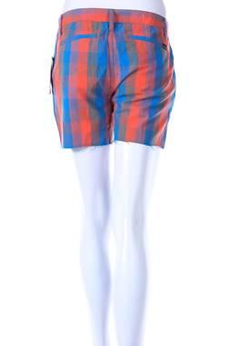 Дамски къс панталон Hurley2