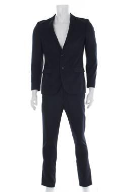 Мъжки костюм Kiomi1