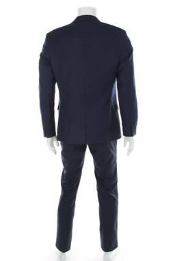 Мъжки костюм Kiomi2