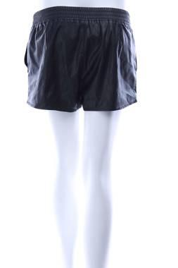 Дамски къс кожен панталон H&M Divided2