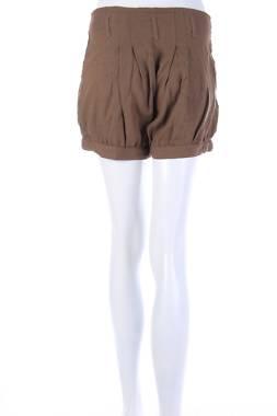 Дамски къс панталон Creme1