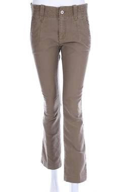 Дамски панталон Calvin Klein Jeans1