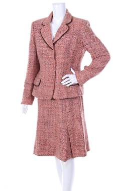 Дамски костюм Neiman Marcus1