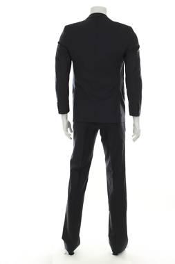 Мъжки костюм Faconnable2